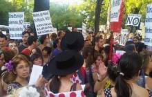 merkel go home manifestacion INT